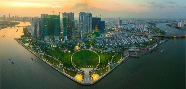TGĐ Tập đoàn Vingroup - Nguyễn Việt Quang đánh giá việc Vinhomes lên sàn HOSE là một sự kiện có ý nghĩa trọng đại trong lịch sử phát triển của công ty
