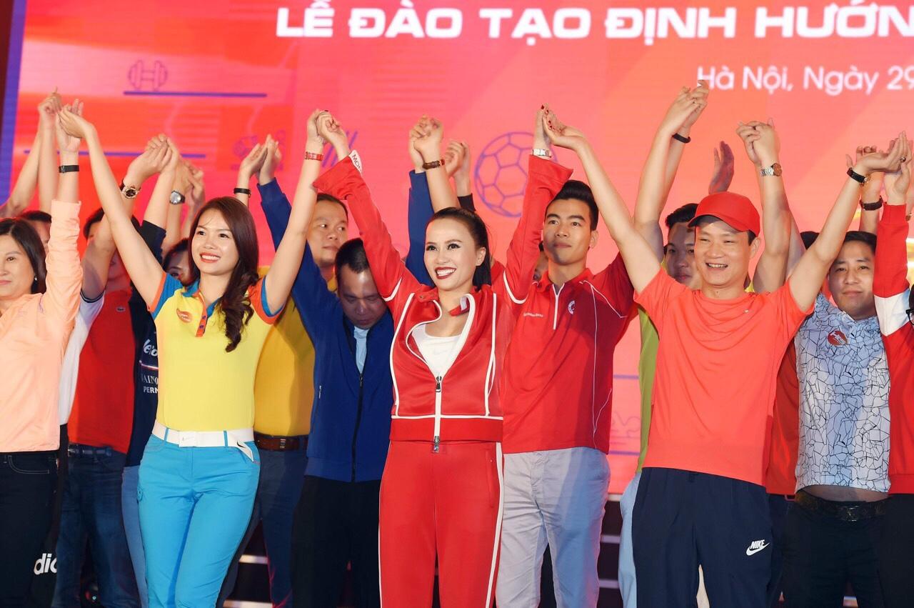 KingLand và 34 đại lý cùng Bà Phạm Thị Lan Phương đồng lòng hướng về VinCity Sportia